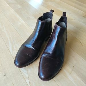 MK able boots size 8.5